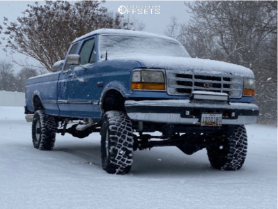 """1997 Ford F-250 - 16x10 -32mm - Ultra Type 164 - Suspension Lift 5.5"""" - 35"""" x 12.5"""""""