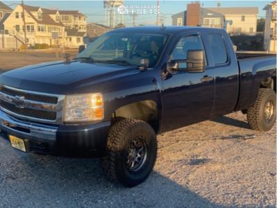 """2010 Chevrolet Silverado 1500 - 17x9.5 -18mm - Black Rhino Barstow - Suspension Lift 3.5"""" - 285/70R17"""