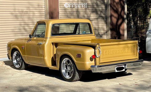 1968 Chevrolet C10 Pickup - 20x9.5 0mm - US Mags Blvd - Lowered 4F / 6R - 285/40R20