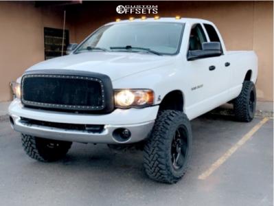 "2003 Dodge Ram 3500 - 20x10 -25mm - Ultra Villain - Suspension Lift 2.5"" - 35"" x 12.5"""