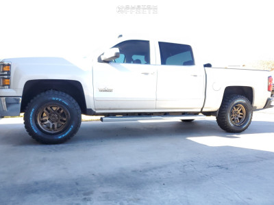 "2015 Chevrolet Silverado 1500 - 18x9 0mm - Fuel Ammo - Suspension Lift 2.5"" - 285/65R18"