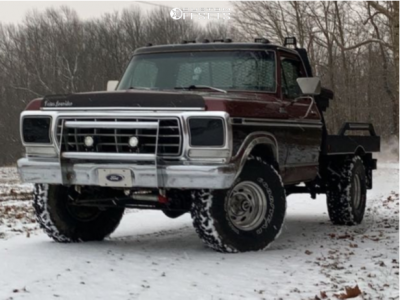 """1979 Ford F-150 - 15x10 -25mm - Weld Racing Typhoon - Leveling Kit - 35"""" x 12.5"""""""