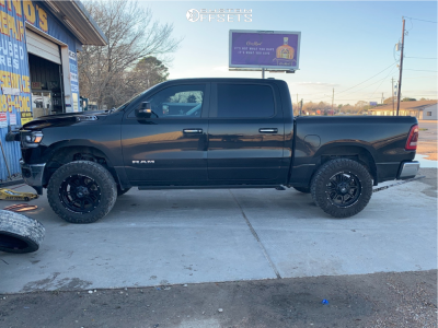 """2019 Ram 1500 - 20x9 0mm - Rough Country Series 94 - Suspension Lift 2.5"""" - 35"""" x 11.5"""""""