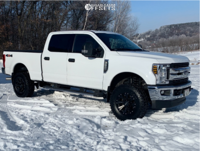 2019 Ford F-250 - 18x9 0mm - Helo He901 - Leveling Kit - 305/70R18