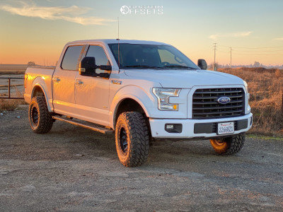 """2015 Ford F-150 - 17x9 -12mm - Fuel Covert - Suspension Lift 3"""" - 33"""" x 12.5"""""""