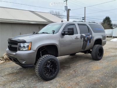 "2009 Chevrolet Suburban 1500 - 20x12 -44mm - Savage Offroad Sa18 - Suspension Lift 7"" - 35"" x 12.5"""