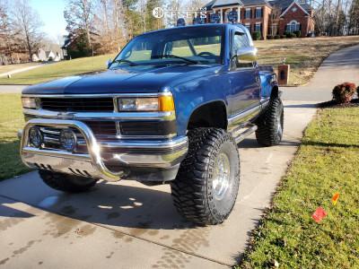 "1998 Chevrolet K1500 - 16x10 -38mm - Alloy Ion 171 - Suspension Lift 6"" - 375/65R16"