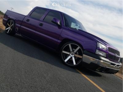 """2005 Chevrolet Silverado 1500 - 22x9.5 30mm - Ravetti M3 - Lowered 4F / 6R - 29"""" x 10.5"""""""
