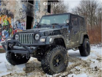 """2002 Jeep TJ - 15x8 0mm - Pro Comp 51 - Suspension Lift 2.5"""" - 33"""" x 12.5"""""""