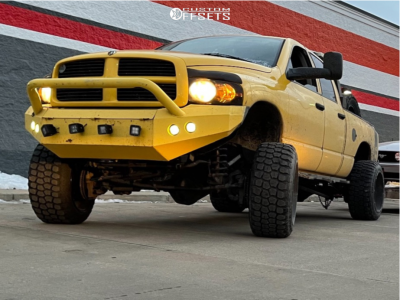 "2005 Dodge Ram 2500 - 20x9 0mm - Hardrock Devious H701 - Suspension Lift 5.5"" - 35"" x 12.5"""