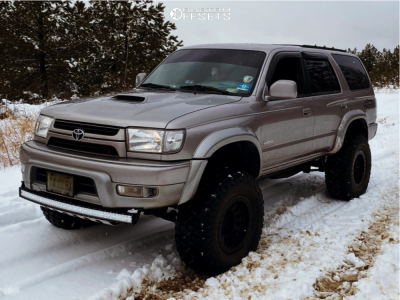 "2002 Toyota 4Runner - 17x9.5 -38mm - Black Rhino Primm - Suspension Lift 3.5"" - 315/75R17"