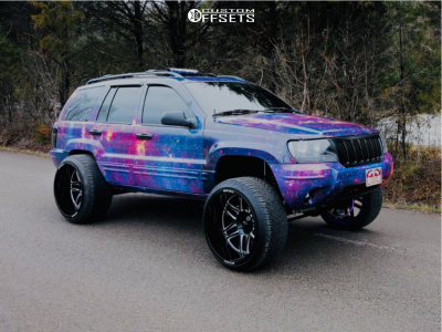 2004 Jeep Grand Cherokee - 24x14 -76mm - Moto Metal Mo992 - Air Suspension - 305/35R24