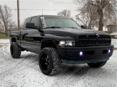 "1997 Dodge Ram 1500 - 20x12 -51mm - Vision Spyder - Level 2"" Drop Rear - 305/50R20"