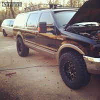 """2000 Ford Excursion - 18x9 -12mm - Helo HE879 - Leveling Kit - 37"""" x 13.5"""""""