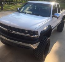 "1999 Chevrolet Silverado 1500 - 20x12 -44mm - Fuel Lethal - Lifted >9"" - 38"" x 15.5"""