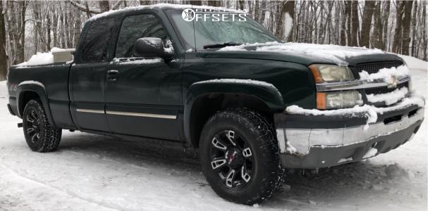 "2003 Chevrolet Silverado 1500 - 17x7 0mm - Worx Beast 803 - Stock Suspension - 30"" x 9.5"""