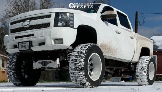 "2012 Chevrolet Silverado 1500 - 22x14 -76mm - Fuel Maverick - Suspension Lift 12"" - 40"" x 15.5"""