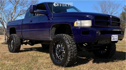 "1999 Dodge Ram 1500 - 20x10 -19mm - Hardrock Destroyer - Body Lift 3"" - 35"" x 12.5"""
