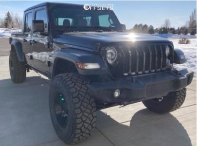 "2020 Jeep Gladiator - 17x9 -12mm - Gear Off-Road Manifold - Suspension Lift 3.5"" - 35"" x 12.5"""