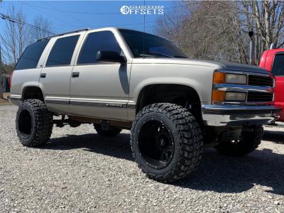 "1998 Chevrolet Tahoe - 20x12 -51mm - Vision Rocker - Suspension Lift 6"" - 35"" x 12.5"""