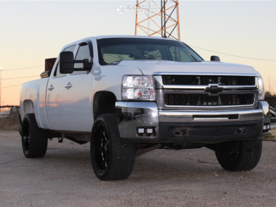 "2007 Chevrolet Silverado 2500 HD - 22x10 -18mm - XD Buck - Air Suspension - 33"" x 12.5"""