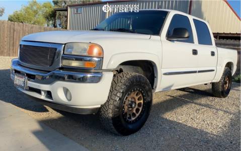 2007 GMC Sierra 1500 Classic - 18x9 0mm - Method Nv - Stock Suspension - 285/75R18