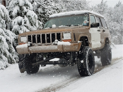 "2000 Jeep Cherokee - 15x8 0mm - Pro Comp 51 - Suspension Lift 4.5"" - 31"" x 10.5"""