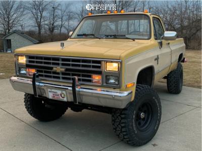 "1985 Chevrolet K20 - 16x10 -24mm - American Racing Baja - Suspension Lift 4"" - 35"" x 12.5"""