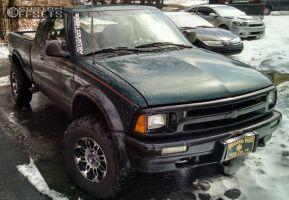 "1996 Chevrolet S10 - 15x7.5 -12mm - Vision Warrior - Suspension Lift 3"" - 31"" x 10.5"""