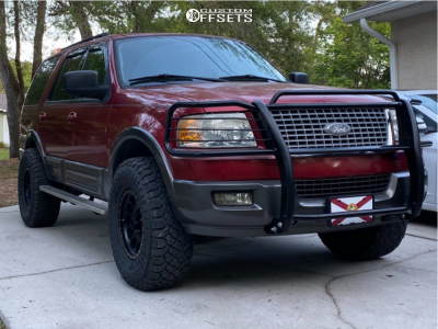 """2005 Ford Expedition - 17x8.5 0mm - Method MR305 - Suspension Lift 3.5"""" - 35"""" x 12.5"""""""