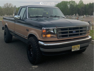"""1994 Ford F-150 - 15x10 -44mm - Fuel Lethal D567 - Leveling Kit - 31"""" x 10.5"""""""