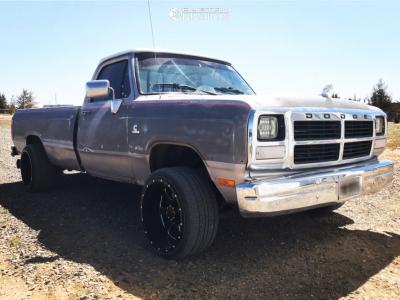 """1991 Dodge D250 - 20x12 -44mm - RBP 89R - Level 2"""" Drop Rear - 27"""" x 10.5"""""""