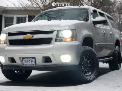 "2014 Chevrolet Suburban 1500 - 18x9 -12mm - Fuel Vandal - Suspension Lift 3.5"" - 33"" x 12.5"""
