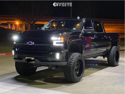 """2017 Chevrolet Silverado 1500 - 22x12 -44mm - Fuel Stroke - Suspension Lift 9"""" - 37"""" x 12.5"""""""