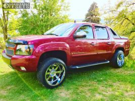 2007 Chevrolet Avalanche - 22x12 -44mm - Gear Off-Road 726 - Leveling Kit - 305/40R22