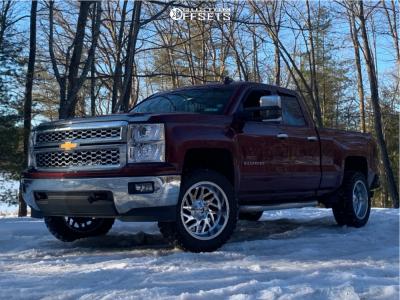 "2015 Chevrolet Silverado 1500 - 20x10 -19mm - Fuel Triton - Leveling Kit - 33"" x 12.5"""
