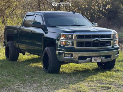 "2015 Chevrolet Silverado 1500 - 20x12 -44mm - Hardrock Crusher - Suspension Lift 2.5"" - 32"" x 12.5"""
