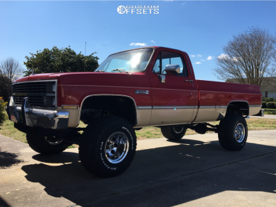 "1984 Chevrolet K10 Pickup - 15x12 -44mm - Mickey Thompson Classic III - Suspension Lift 4"" - 33"" x 12.5"""