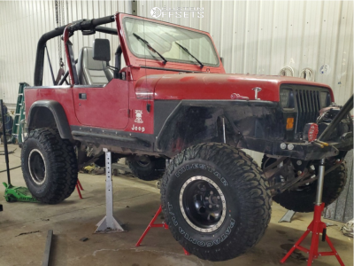 "1993 Jeep Wrangler - 15x10 0mm - Mickey Thompson Classic - Suspension Lift 10"" - 35"" x 12.5"""