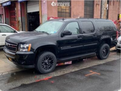 "2008 Chevrolet Suburban 1500 - 17x9 -12mm - Fuel Maverick D610 - Suspension Lift 2.5"" - 265/70R17"