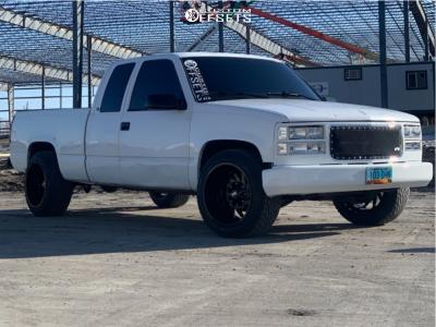 "1997 Chevrolet C1500 - 20x12 -44mm - Hardrock Crusher H704 - Stock Suspension - 33"" x 12.5"""
