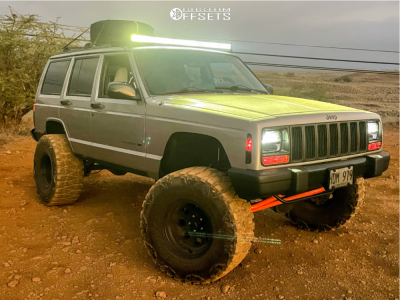 "2001 Jeep Cherokee - 15x10 -47mm - Pro Comp 69 - Suspension Lift 3.5"" - 33"" x 13.5"""