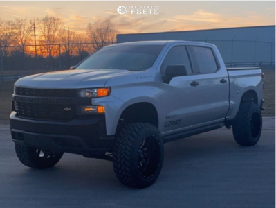 "2019 Chevrolet Silverado 1500 - 22x12 -44mm - Fuel Vandal - Suspension Lift 6"" - 35"" x 12.5"""