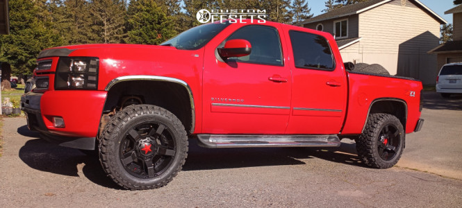 "2013 Chevrolet Silverado - 20x10 -24mm - XD Xd811 - Suspension Lift 3.5"" - 33"" x 12.5"""