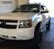"""2007 Chevrolet Avalanche - 18x9 -12mm - Vision Prowler - Suspension Lift 4.5"""" - 35"""" x 12.5"""""""