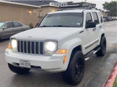 "2012 Jeep Liberty - 20x12 -44mm - Fuel Hostage D531 - Suspension Lift 2.5"" - 275/55R20"