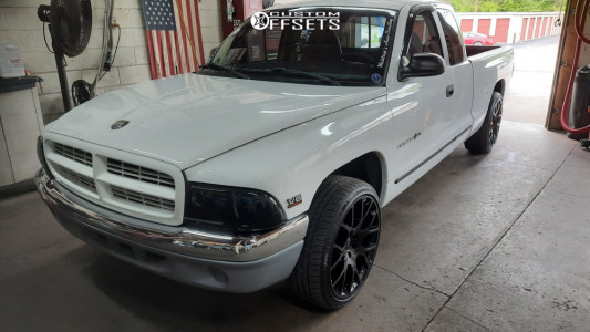 "1998 Dodge Dakota - 20x9 15mm - Status Mastadon - Level 2"" Drop Rear - 325/25R20"