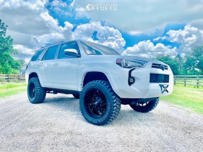 "2021 Toyota 4Runner - 20x10 -19mm - Hardrock Crusher - Leveling Kit - 33"" x 12.5"""