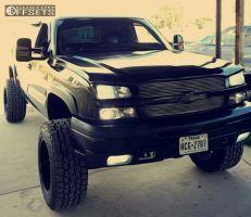 "2003 Chevrolet Silverado 1500 - 20x12 -44mm - Moto Metal MO962 - Suspension Lift 6"" - 35"" x 12.5"""