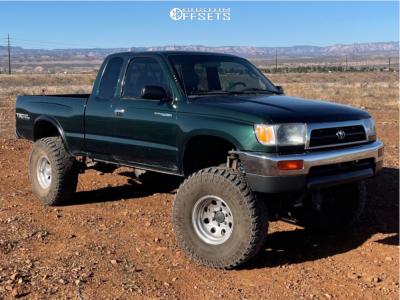 "1999 Toyota Tacoma - 15x9 0mm - Pro Comp 69 - Suspension Lift 8"" - 35"" x 12.5"""